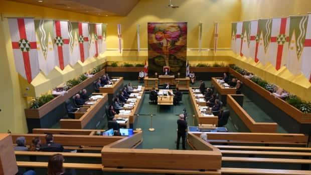 The Yukon Legislature in 2018. The next sitting will see fewer Liberal MLAs, and a more influential NDP.  (Claudiane Samson/Radio-Canada - image credit)