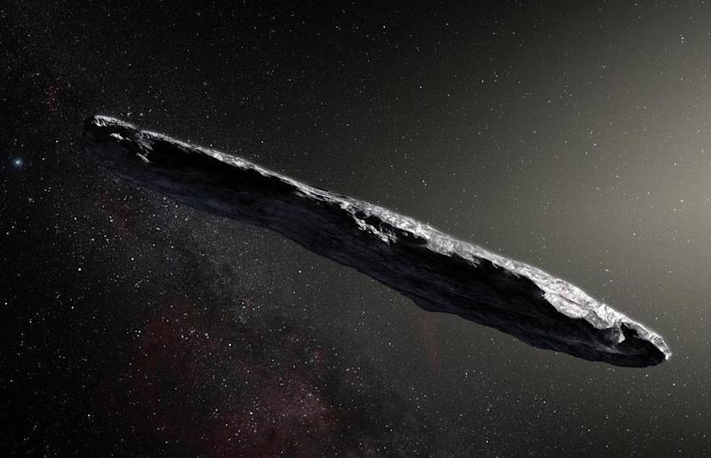 Artist's concept of interstellar asteroid 1I/2017 U1 ('Oumuamua) as it passed through the solar system after its discovery in October 2017. The aspect ratio of up to 10:1 is unlike that of any object seen in our own solar system: ESO