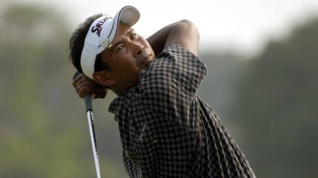 Golf - 'Old Man' Thaworn sweeps Asian Tour prizes