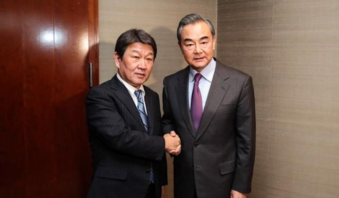 Chinese Foreign Minister Wang Yi (right) may visit Tokyo in October to meet his counterpart Toshimitsu Motegi (left) and Japanese Prime Minister Yoshihide Suga. Photo: Handout
