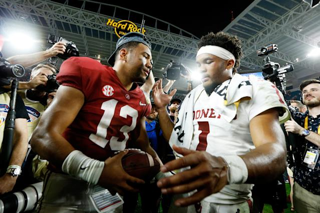 Kyler Murray, right, of Oklahoma congratulates Tua Tagovailoa of Alabama after the Crimson Tide defeated the Sooners 45-34 to win the College Football Playoff semifinal. (Getty)