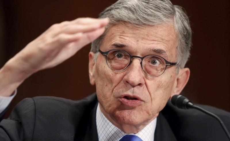 Federal Communications Commission (FCC) Chairman Tom Wheeler in Washington May 12, 2015. REUTERS/Jonathan Ernst