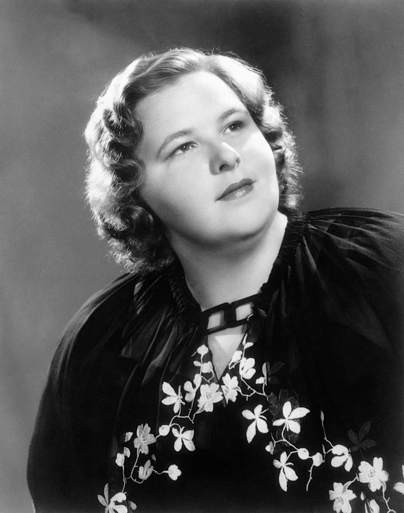 American singer Kate Smith poses in this undated photo.  (Photo: ASSOCIATED PRESS)