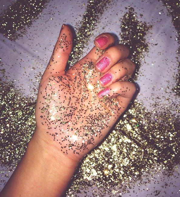 How to Remove Glitter from Your Clothing, Face, and Hair