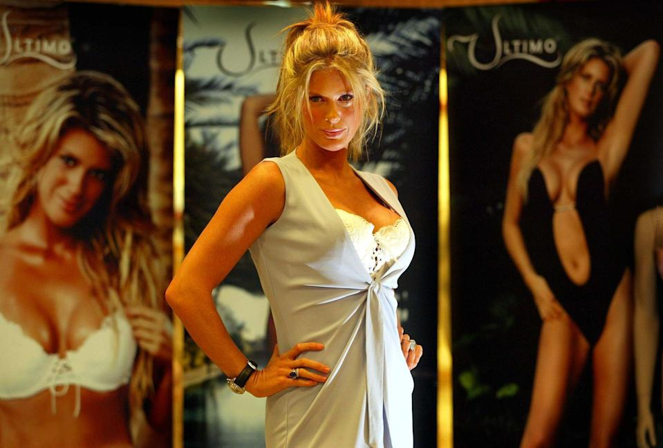 Model Rachel Hunter poses for photographers, during a photocall to launch Ultimo's 2004 Spring/Summer collection at Debenhams department store, Argyle Street, Glasgow. Hunter, ex-wife of rocker Rod Stewart, was chosen over his current beau, Penny Lancaster, by Ultimo founder Michelle Mone. (Photo by Maurice McDonald - PA Images/PA Images via Getty Images)