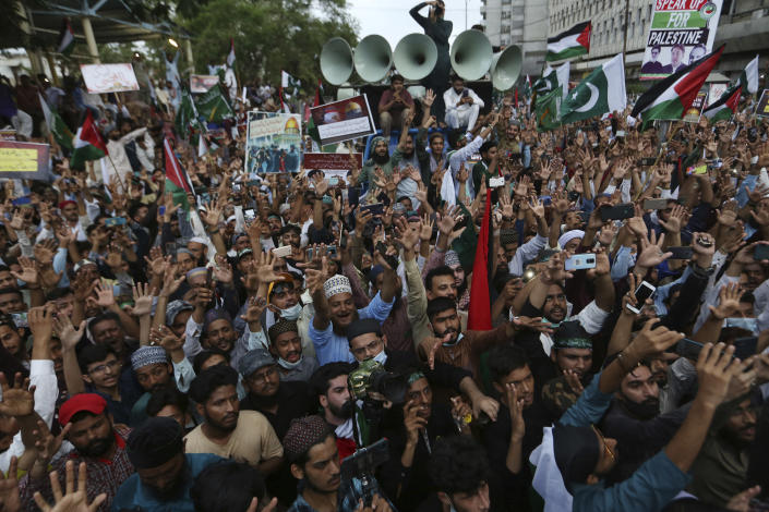 Supporters of the Pakistani religious group' Jamaat-e-Islami' chant slogans during a rally in support of Palestinians, in Karachi, Pakistan, Friday, May 21, 2021. (AP Photo/Fareed Khan)