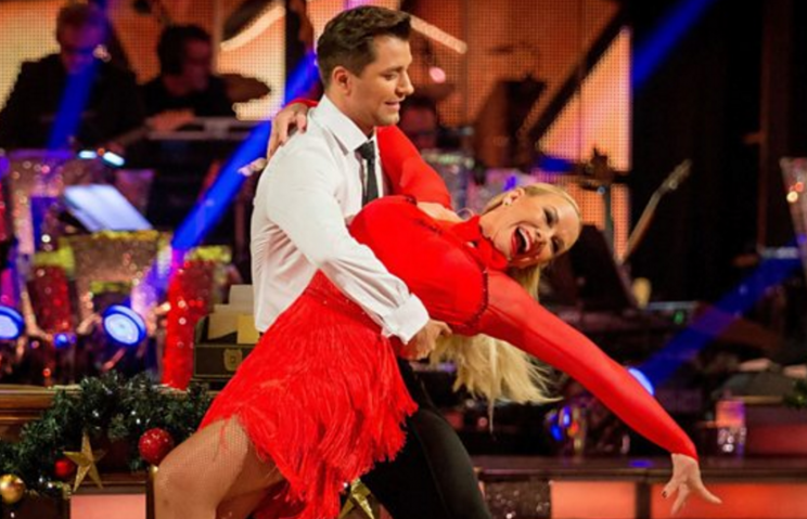 Pamela & Pasha cha cha to 'Jump' on Strictly's Christmas Special
