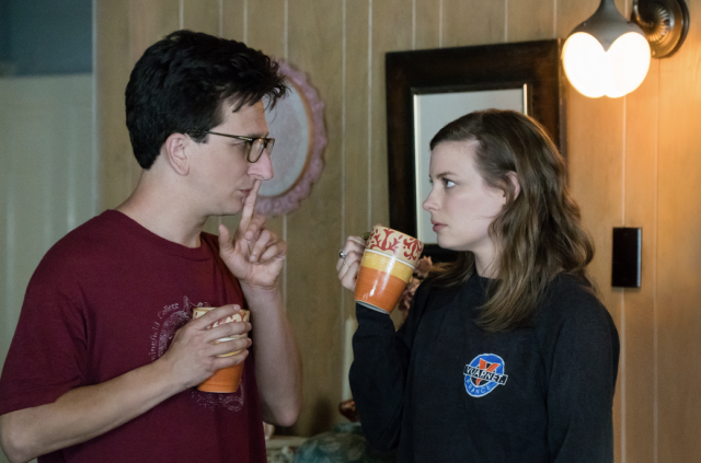 Paul Rust and Gillian Jacobs in <em> Love.</em> (Photo: Suzanne Hanover/Netflix)