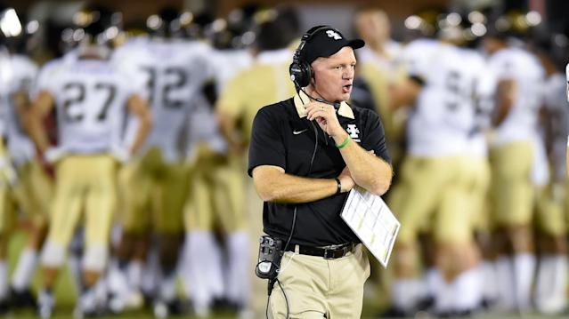 Idaho coach Paul Petrino yells to his players during the second half of an NCAA college football game against Southern California, Saturday, Sept. 12, 2015, in Los Angeles. Southern California won 59-9. (AP Photo/Gus Ruelas)