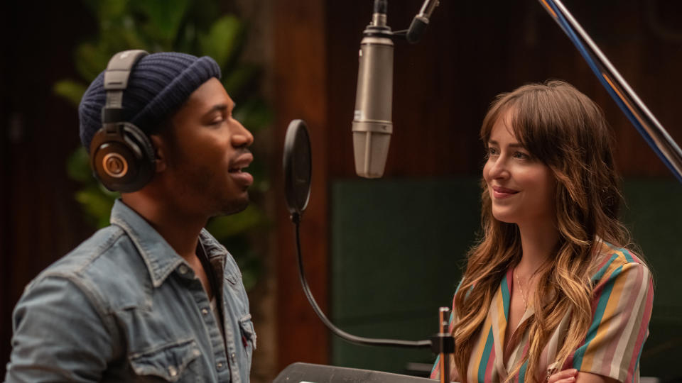 Kelvin Harrison Jr. and Dakota Johnson in 'The High Note'. (Credit: Universal/Focus Features)