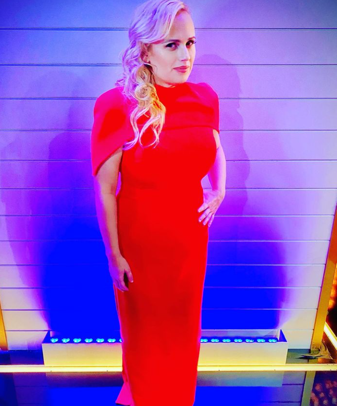 rebel wilson stunning weight loss in red dress