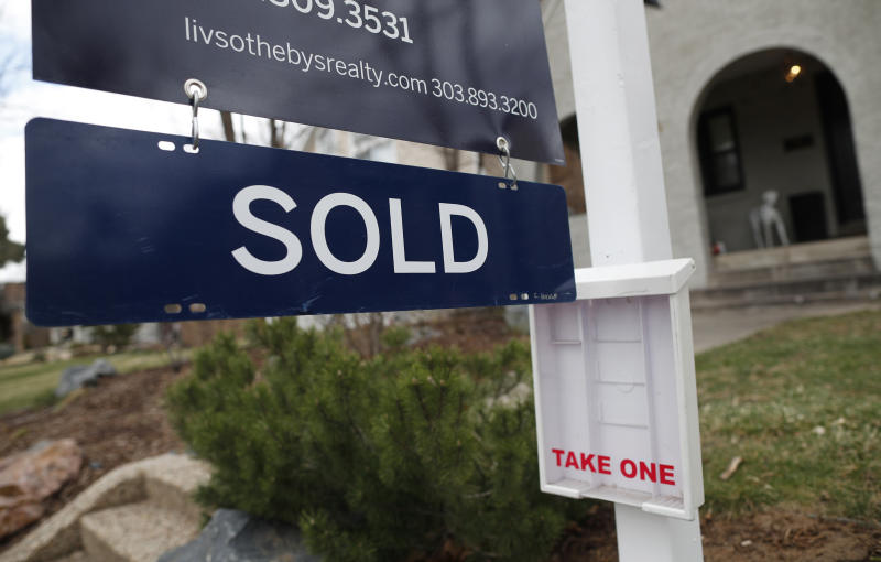 US home sales fell 0.4 percent in May amid inventory crunch