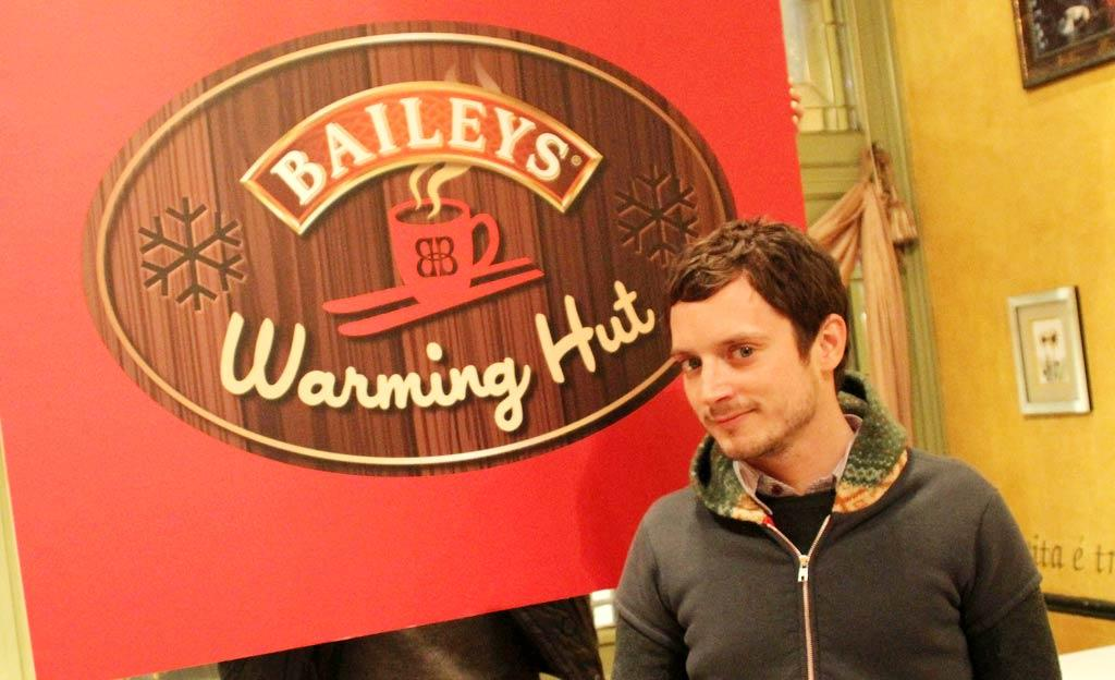 """Elijah Wood beat the chill by hitting up the Baileys Warming Hut, which offers celebs coffee with a splash of -- what else? -- Baileys Irish Cream. Mark Sullivan/<a href=""""http://www.wireimage.com"""" target=""""new"""">WireImage.com</a> - January 12, 2011"""