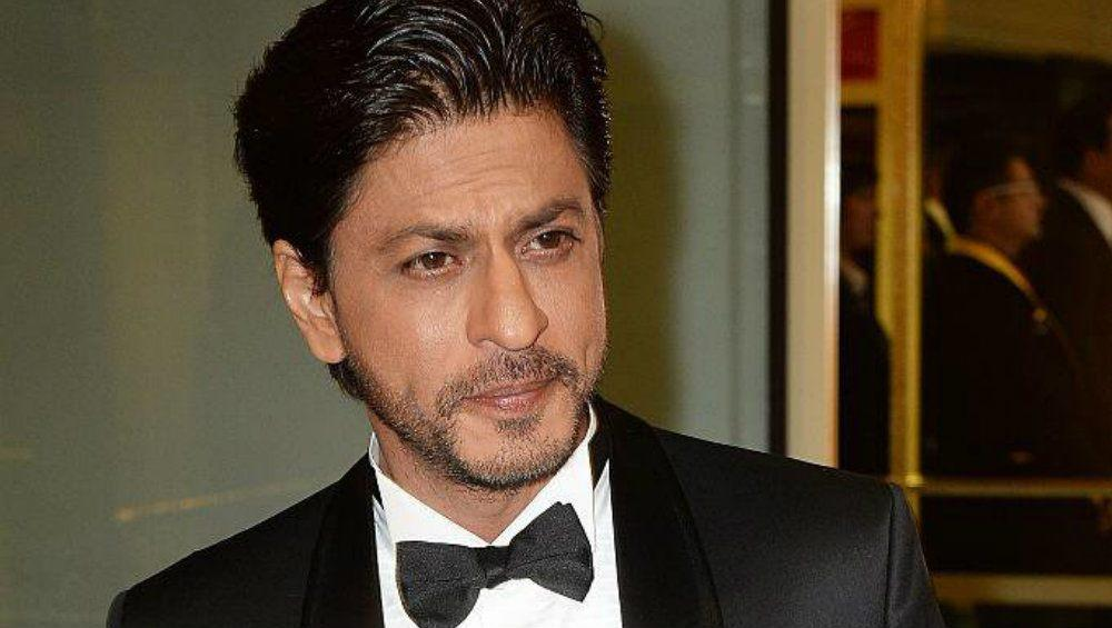 He reportedly charges Rs.26 crore per film and Rs.10 crore per brand endorsement. His yearly remuneration is approximately between 72 – 80 crores. He has endorsed a range of brands such as Pepsi, Airtel, Nerolac Paints, Pepsodent, Genus Power, Colgate, Linc Pens, Frooti, LUX, Compaq D'decor, Sprite, Dish TV, Nokia Mobiles, Navratna Cool, Hyundai Cars, Tag Heuer Watch, Tata Tea, Gitanjali Jewels, Videocon, Prayag Group, VI- JOHN, Fair and Handsome and Emami.Source: finapp.co.in, filmykeeday.com