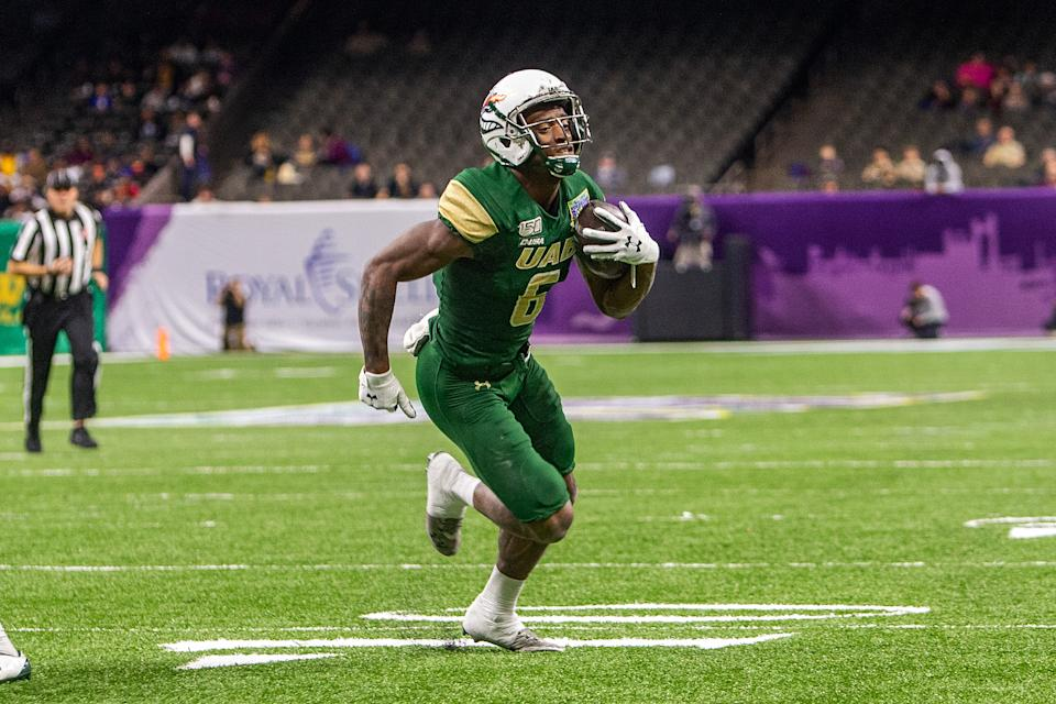 UAB WR Austin Watkins, Jr. is an adept deep-ball receiver. (Photo by John Korduner/Icon Sportswire via Getty Images)