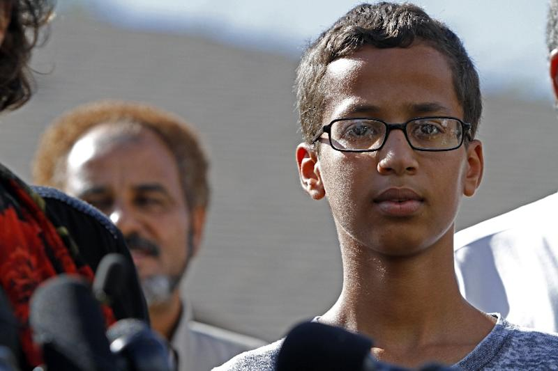 President Barack Obama congratulated Ahmed Mohamed, 14, on his skills in a pointed rebuke to school and police officials -- who defended his arrest -- amid accusations of Islamophobia (AFP Photo/Ben Torres)