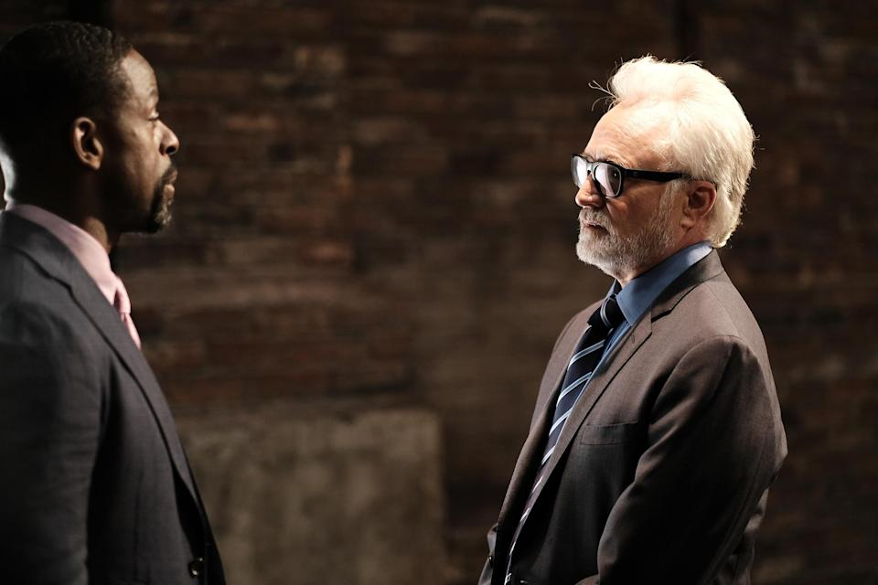 Sterling K. Brown (Leo McGarry) and Whitford. (HBO Max)