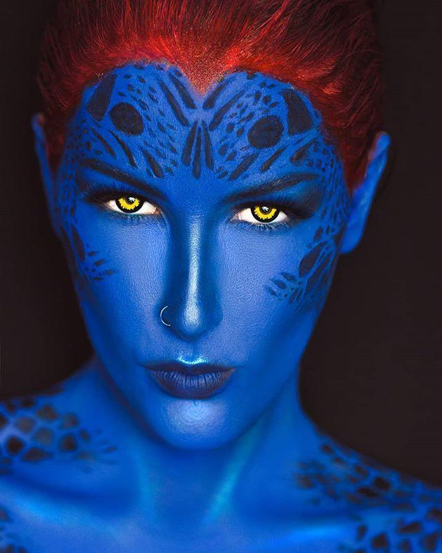 "<p>No matter what you wear with this makeup, <em>everyone</em> will know who you are. Just make sure that whatever it is, you don't mind getting a little blue body paint on it!</p><p><a class=""link rapid-noclick-resp"" href=""https://www.amazon.com/Snazaroo-Face-Paint-Ultimate-Party/dp/B00026ZEDK/ref=zg_bs_7756216011_1?_encoding=UTF8&psc=1&refRID=PD0WRB0DY4C1C8B3DKXS&tag=syn-yahoo-20&ascsubtag=%5Bartid%7C10055.g.2599%5Bsrc%7Cyahoo-us"" rel=""nofollow noopener"" target=""_blank"" data-ylk=""slk:SHOP FACE PAINT KIT"">SHOP FACE PAINT KIT</a></p><p><a href=""https://www.instagram.com/p/Bx-b89Bht41/&hidecaption=true"" rel=""nofollow noopener"" target=""_blank"" data-ylk=""slk:See the original post on Instagram"" class=""link rapid-noclick-resp"">See the original post on Instagram</a></p>"