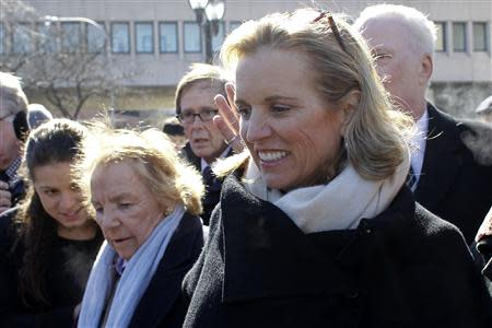Kerry Kennedy, (R ) daughter of assassinated Senator Robert F. Kennedy and the ex-wife of New York Governor Andrew Cuomo, exits the Westchester County Courthouse in White Plains, New York, February 28, 2014. REUTERS/Eduardo Munoz