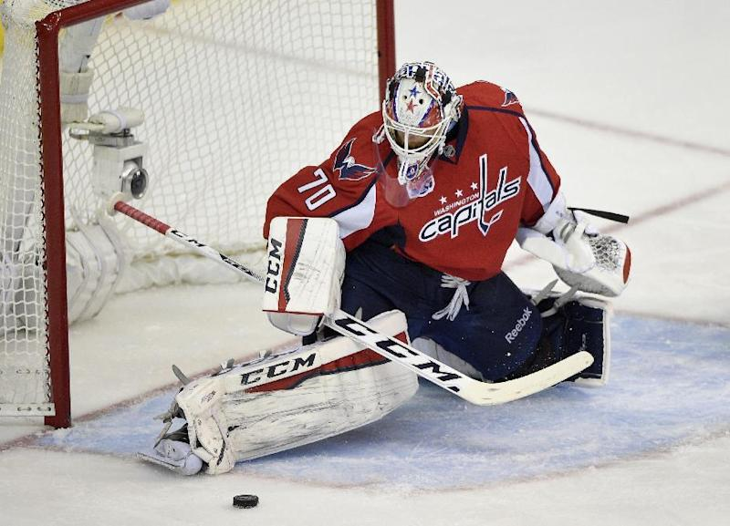 Capitals Braden Holtby Signs 30 5 Million 5 Year Deal