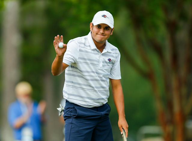 "<h1 class=""title"">chad-sewell-us-amateur-playoff</h1> <div class=""caption""> Sewell's tap-in birdie was revenge for a three-putt on his last stroke-play hole that forced him into the playoff. </div> <cite class=""credit"">Copyright USGA/Michael Reaves</cite>"