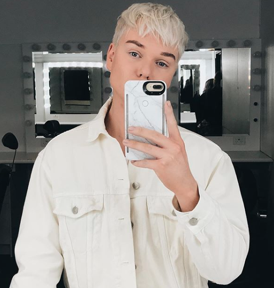 Some fans compared the look to Jack Vidgen's trademark platinum locks. Photo: Instagram/jack.vidgen