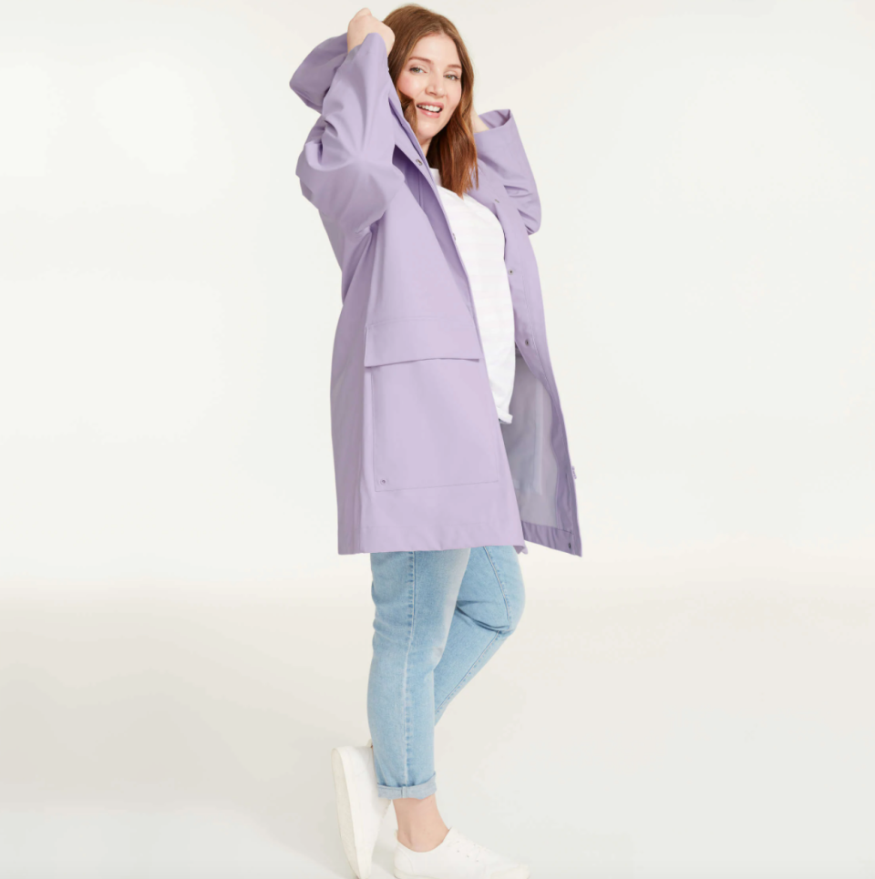Joe Fresh Women+ Raincoat in Light Purple (Photo via Joe Fresh)