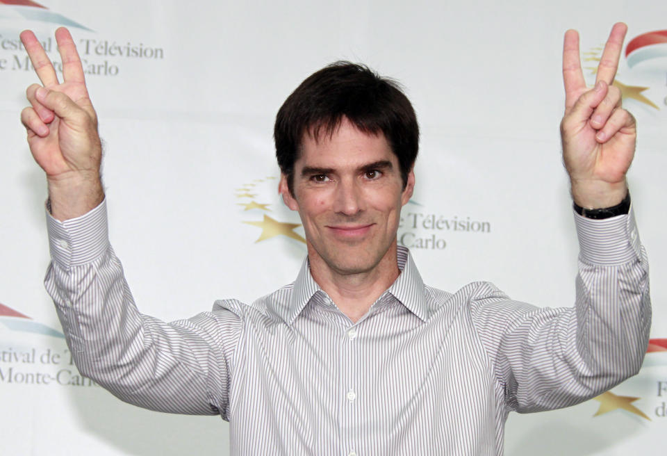 Actor Thomas Gibson who stars in the television series 'Criminal Minds' poses during a photocall at the 51st Monte Carlo television festival in Monaco June 8, 2011.   REUTERS/Eric Gaillard (MONACO - Tags: ENTERTAINMENT)