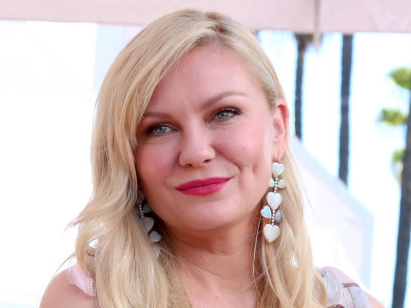Kirsten Dunst didn't want to wear anything 'cool' in new TV show