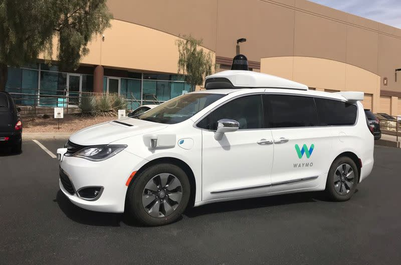 Google's self-driving sister, Waymo, gets first outside investors