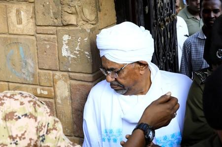 FILE PHOTO - Sudan's ex-president Omar al-Bashir leaves the office of the anti-corruption prosecutor in Khartoum