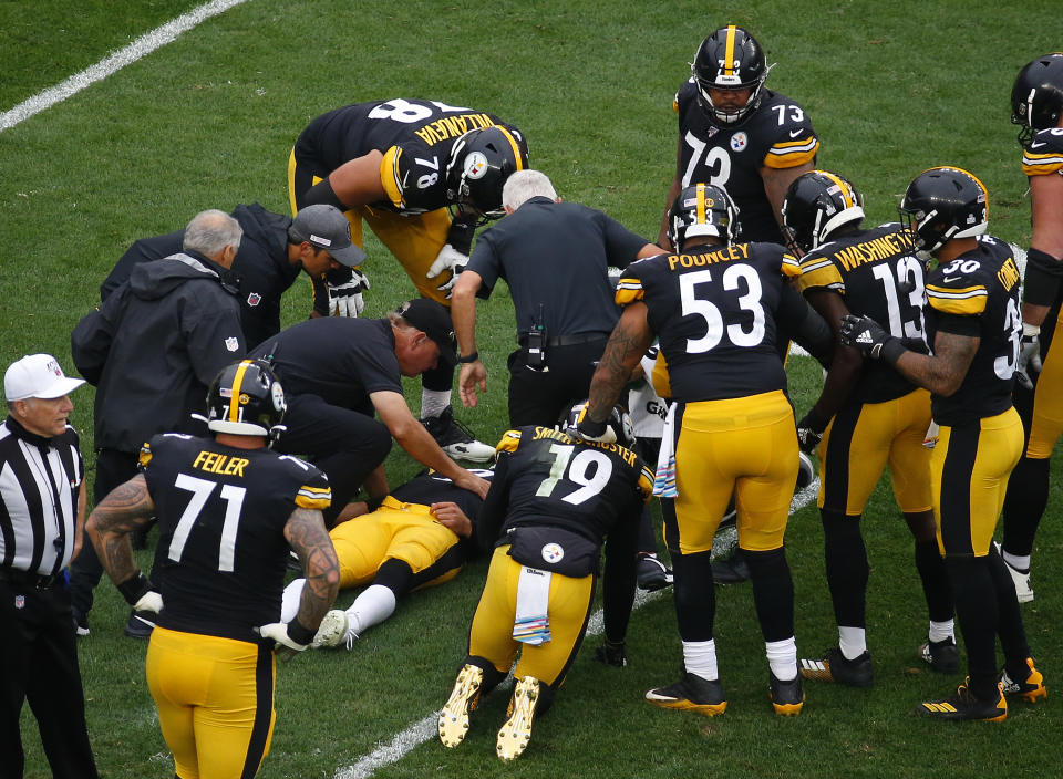 PITTSBURGH, PA - OCTOBER 06:  Mason Rudolph #2 of the Pittsburgh Steelers lays injured on the field against the Baltimore Ravens on October 6, 2019 at Heinz Field in Pittsburgh, Pennsylvania.  (Photo by Justin K. Aller/Getty Images)
