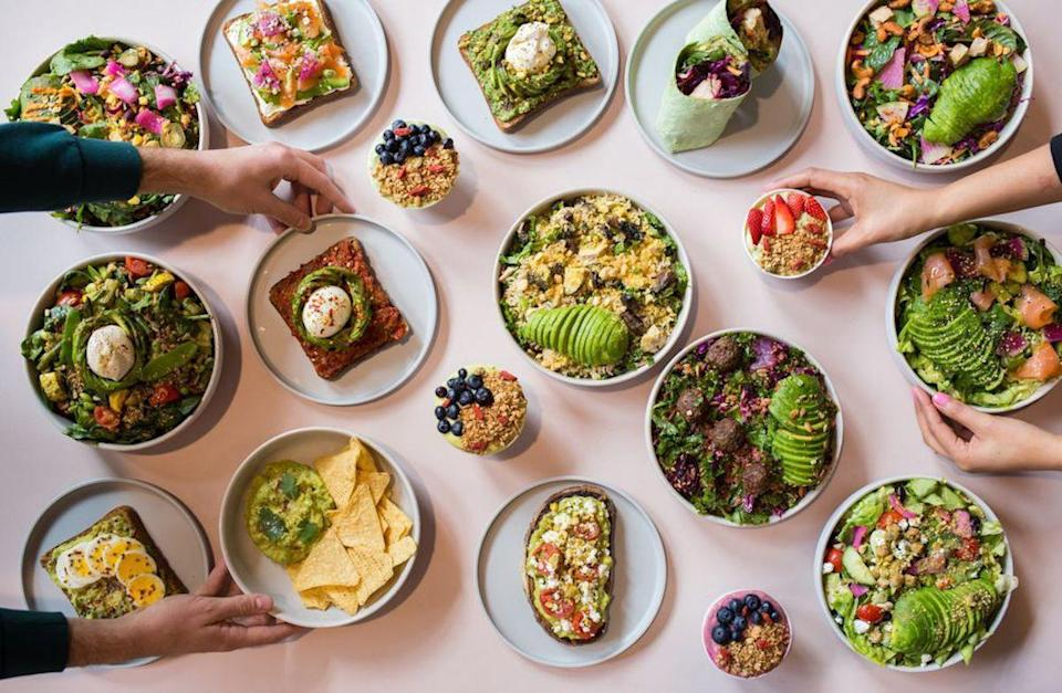 "<p>Not themed around a movie, a hobby or pastime, Avocaderia in New York focuses its menu and atmosphere on a single <a href=""https://www.thedailymeal.com/eat/foods-not-what-you-think?referrer=yahoo&category=beauty_food&include_utm=1&utm_medium=referral&utm_source=yahoo&utm_campaign=feed"" rel=""nofollow noopener"" target=""_blank"" data-ylk=""slk:sneaky fruit"" class=""link rapid-noclick-resp"">sneaky fruit</a>: the avocado. It offers avocado bowls, avocado toasts, avocado wraps, avocado tacos and more.</p>"