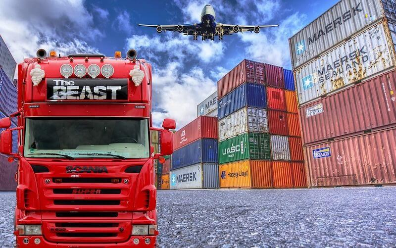 Blockchain is transforming the supply chain and logistics industry