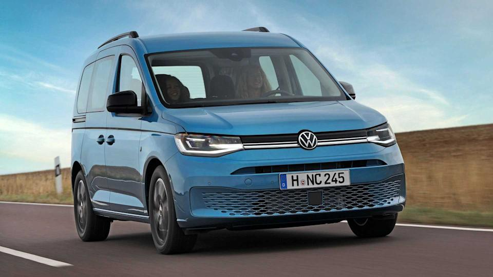 2021 vw caddy california is a small camper with bed, pull