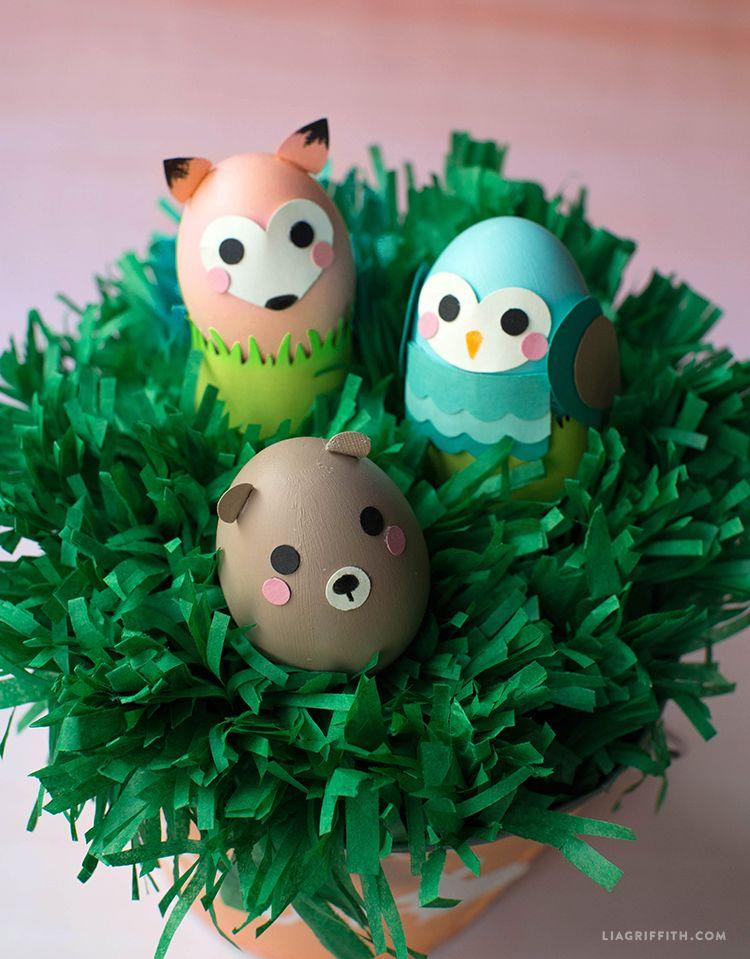 <p>This Easter egg tree (or bush?) is the perfect home for the cutest decorated eggs. </p>