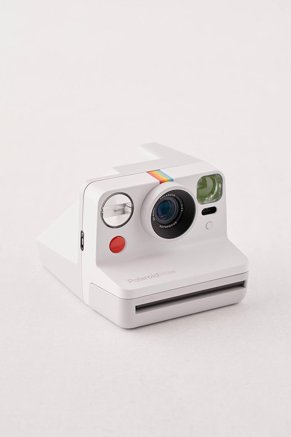 """<p><strong>Polaroid</strong></p><p>urbanoutfitters.com</p><p><strong>$100.00</strong></p><p><a href=""""https://go.redirectingat.com?id=74968X1596630&url=https%3A%2F%2Fwww.urbanoutfitters.com%2Fshop%2Fpolaroid-now-instant-camera&sref=https%3A%2F%2Fwww.cosmopolitan.com%2Fstyle-beauty%2Ffashion%2Fg34026042%2Fsagittarius-gift-guide%2F"""" rel=""""nofollow noopener"""" target=""""_blank"""" data-ylk=""""slk:Shop Now"""" class=""""link rapid-noclick-resp"""">Shop Now</a></p><p>Your Sag friend is always creating memories, and a camera will help them capture them.</p>"""