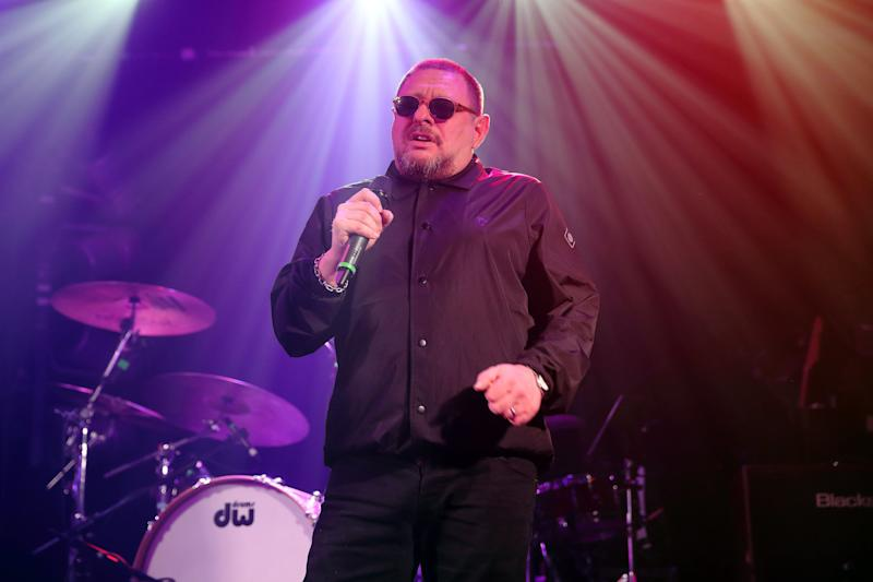 """While we're sure the Happy Mondays singer&nbsp;would provide amazing entertainment value on 'Strictly', he's already told bosses where to go after they approached him to take part.<br /><br />He said: <a href=""""http://www.huffingtonpost.co.uk/entry/strictly-come-dancing-shaun-ryder_uk_5909a44ae4b05c3976845d5d?ir=UK+Entertainment&amp;utm_hp_ref=uk-entertainment"""">""""You go on and you dance like a twat, right? And then you stand there while some c*** tells you how bad you are and what a wanker you are.""""</a>"""