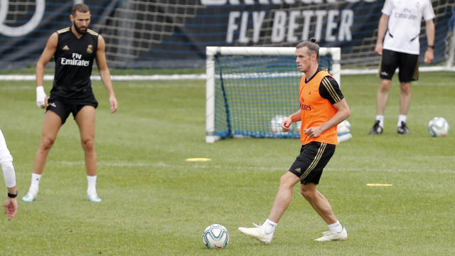 Gareth Bale trains with Real Madrid despite his expected departure. (Photo by TF-Images/Getty Images)