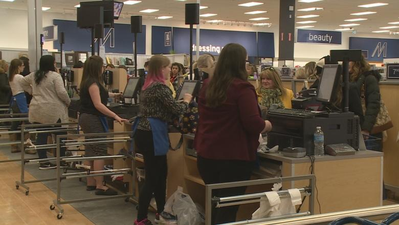 Marshalls mania: Crowds greet newest Stavanger Drive shop