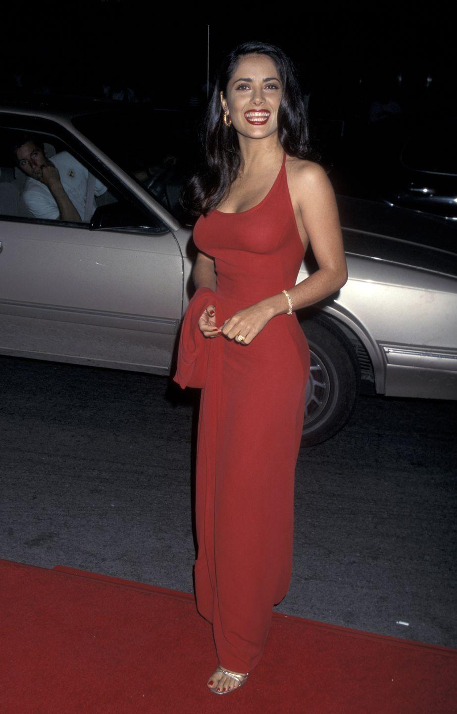 <p>Salma Hayek proved her star power when she arrived at the premiere of one of her first films, <em>Desperado</em>, dripping of Hollywood glamour. </p>