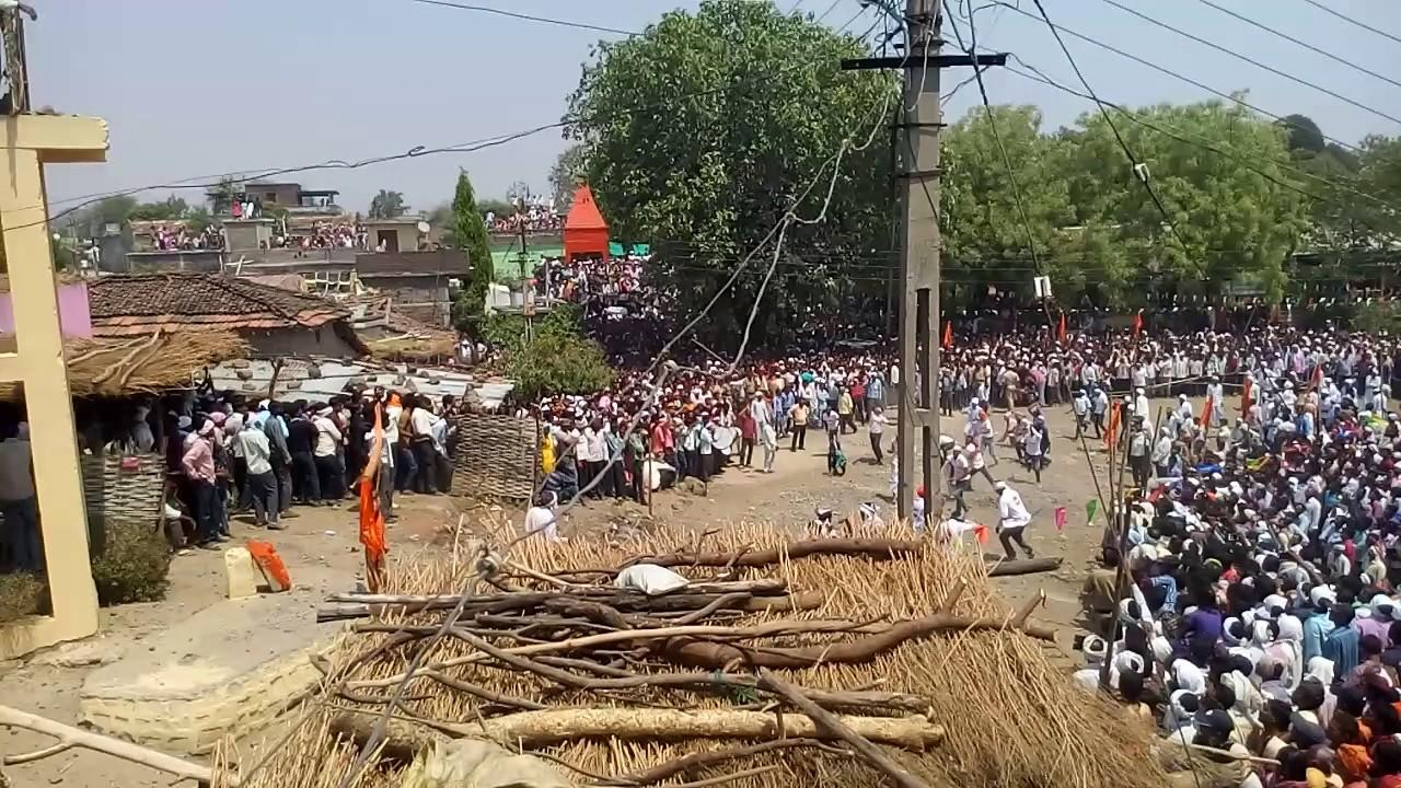 """<p>Gotmaar<br /><br />This bizarre festival is unique to the town of Pandhurna in Madhya Pradesh. Every year people from opposite sides of the river Jam throw stones to """"save"""" a tree in the middle of the river, in order to get the rights to carry it to their village temple. This festival has been the cause of several deaths and thousands of injuries every year, due to which, it has been banned by the government. </p>"""