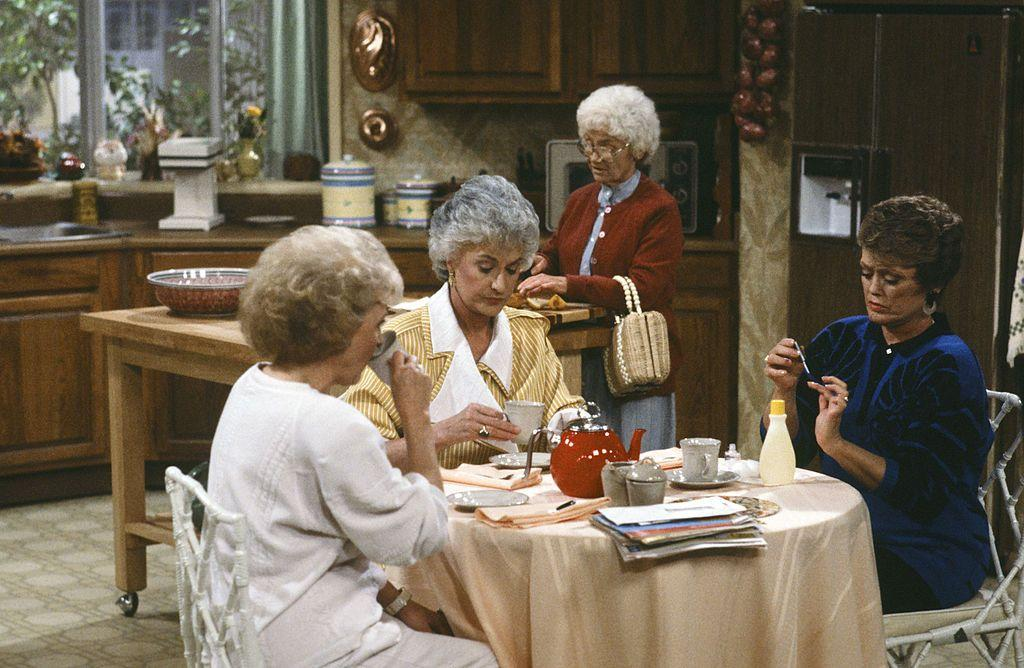 "<p>Fans of <em>The Golden Girls</em> can testify that although four ladies lived at <a href=""https://www.housebeautiful.com/lifestyle/a28182521/the-golden-girls-house/"" target=""_blank"">6151 Richmond Street</a> in Miami, there were only three chairs surrounding the famous kitchen table, but this was a conscious decision. To avoid squeezing all four shoulder-to-shoulder and more importantly, to not have an actress with her back to the camera, only three women usually sat at the table.<br> <br>According to assistant art director <a href=""https://www.amazon.com/Golden-Girls-Forever-Unauthorized-Behind/dp/0062422901"" target=""_blank"">John Shaffner</a>, having the fourth person sit on a stool—or cooking at the island nearby—gave viewers the feeling that they were seeing a play, making the experience more appealing.<br></p><p><strong>RELATED: <a href=""https://www.housebeautiful.com/lifestyle/a28264526/golden-girls-blanche-bedspread/"" target=""_blank"">'Golden Girls' Producers Had to Confiscate Blanche's Bedding So It Wouldn't Get Stolen</a></strong></p>"