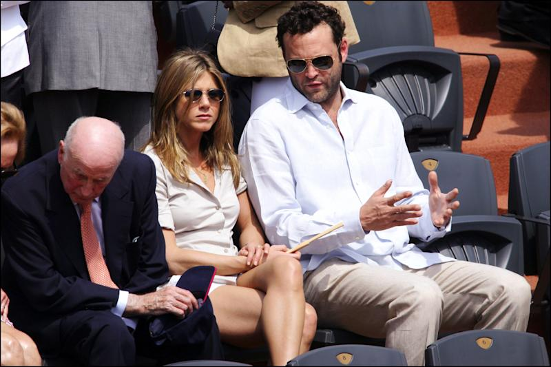 FRANCE - JUNE 11: Jennifer Aniston And Vince Vaughn At 2006 Roland Garros Tennis Tournament - On June 11Th, 2006 - In Paris, France - Here, Jennifer Aniston And Vince Vaughn (Photo by Serge BENHAMOU/Gamma-Rapho via Getty Images)