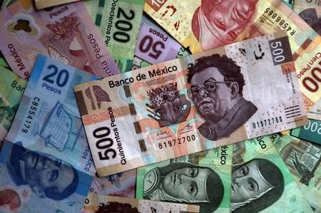 Trump threats drive historic Brazil, Mexico currency divergence