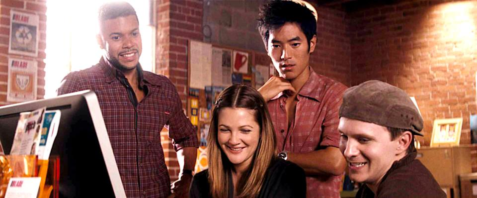 From left to right: Wilson Cruz, Drew Barrymore, Leonardo Nam, Rod Keller in the 2009 rom-com, 'He's Just Not That Into You' (Photo: New Line Cinema/Courtesy Everett Collection)