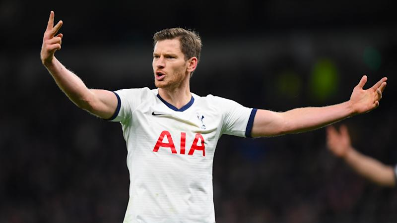 Ajax following Vertonghen's situation at Spurs 'very closely', admits Ten Hag