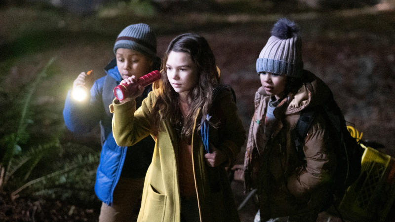 Brooklynn Prince plays a persistent young journalist in 'Home Before Dark'. (Credit: Apple)