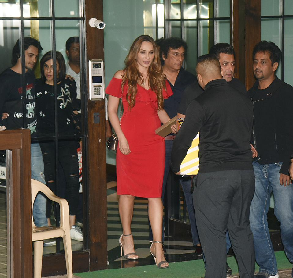 <p>Celebs at Christmas party </p>