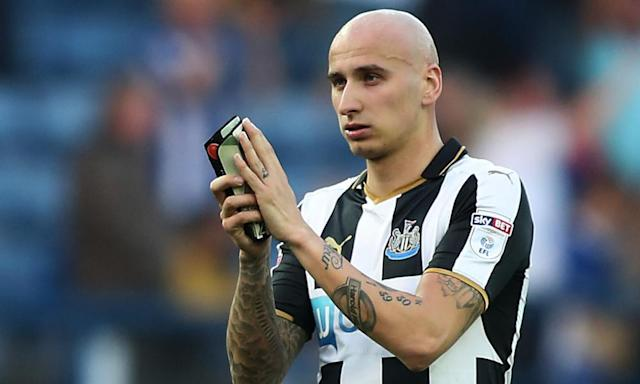 """<span class=""""element-image__caption"""">Jonjo Shelvey is the only creative midfielder in Newcastle's overhauled squad.</span> <span class=""""element-image__credit"""">Photograph: John Clifton/Reuters</span>"""